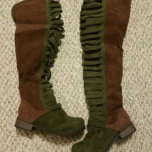 Army Green & Brown Zip up boots sz. 40 euro